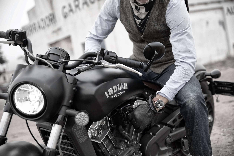 La prestigieuse marque Baume et Mercier s'associe à Indian Motorcycle